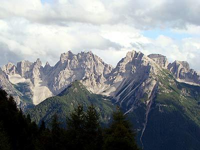 Cridola e Montanel dai Crepe dele Pasture, sull'Anello delle Aquile (sv. 16)